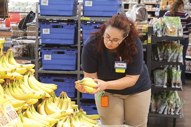 walmart launches online grocery ordering  curbside pickup