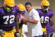 Ed Orgeron talks about losing two QBs: 'I don't blame them'