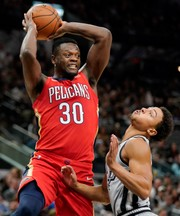 New Orleans Pelicans take on the Phoenix Suns: Live score, updates