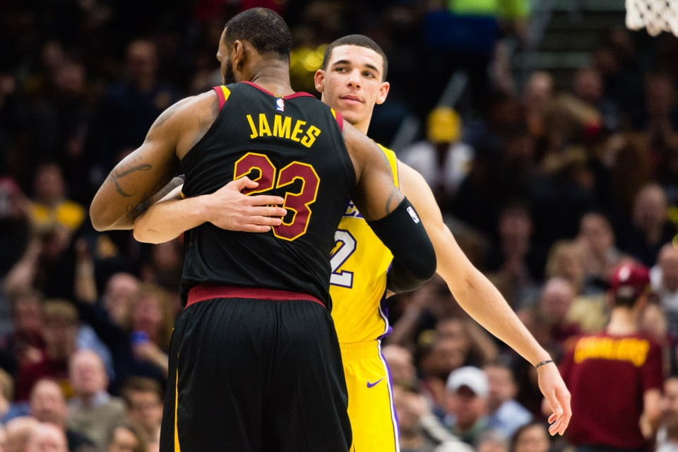 Cleveland Cavaliers at Los Angeles Lakers: Live score, updates and stats