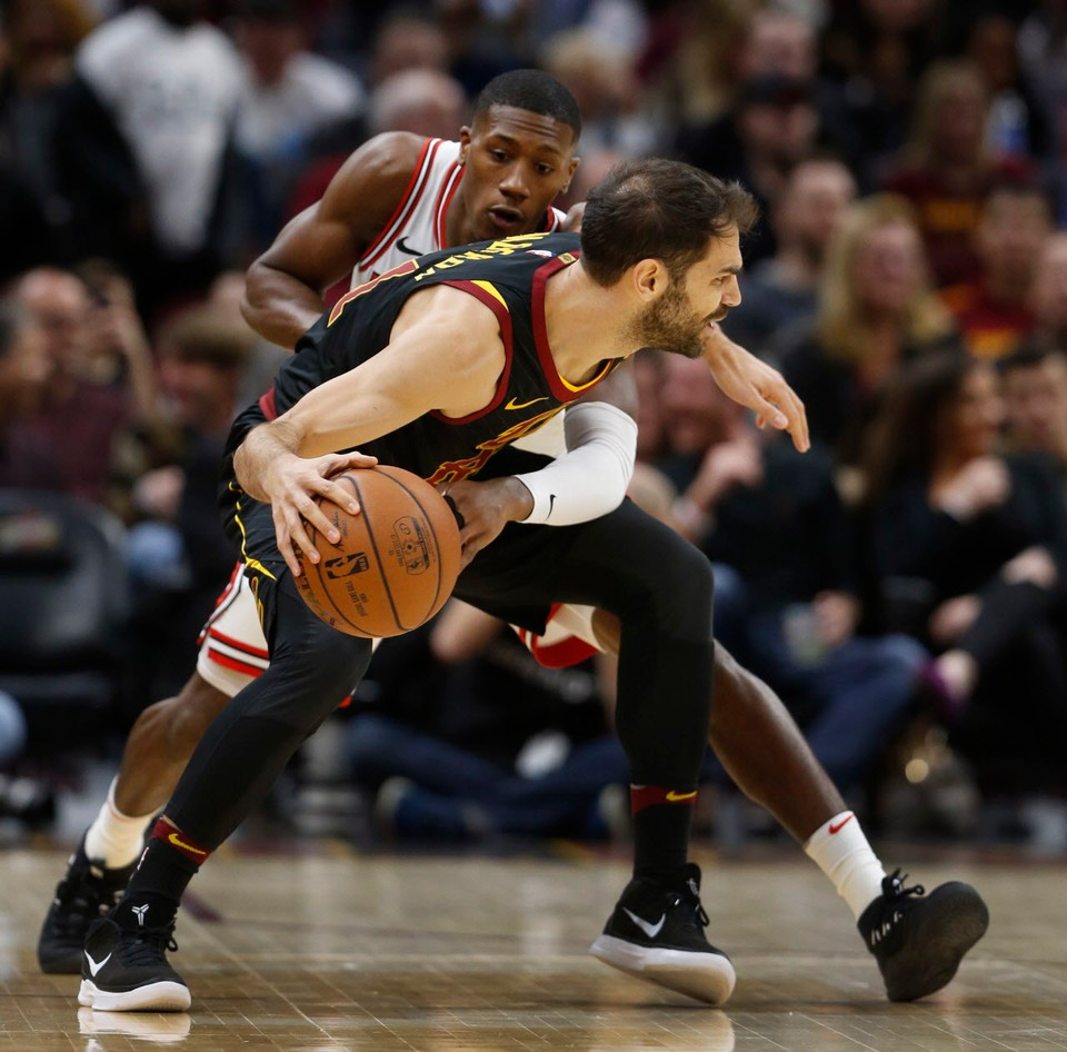 Cleveland Cavaliers at Chicago Bulls live score, updates